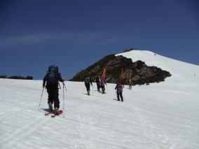 H27 至仏山残雪調査3/至仏山を目指す