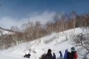 山の鼻ビジターセンター等の除雪作業を行いました